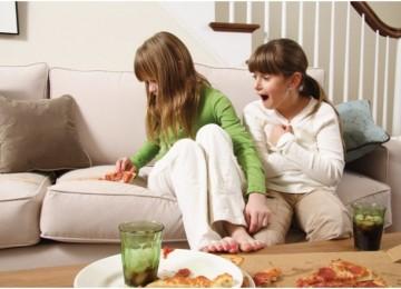 Как почистить диван в домашних условиях быстро и эффективно (12 фото)