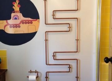 Стильный декор труб в квартире: простые и оригинальные решения (63 фото)