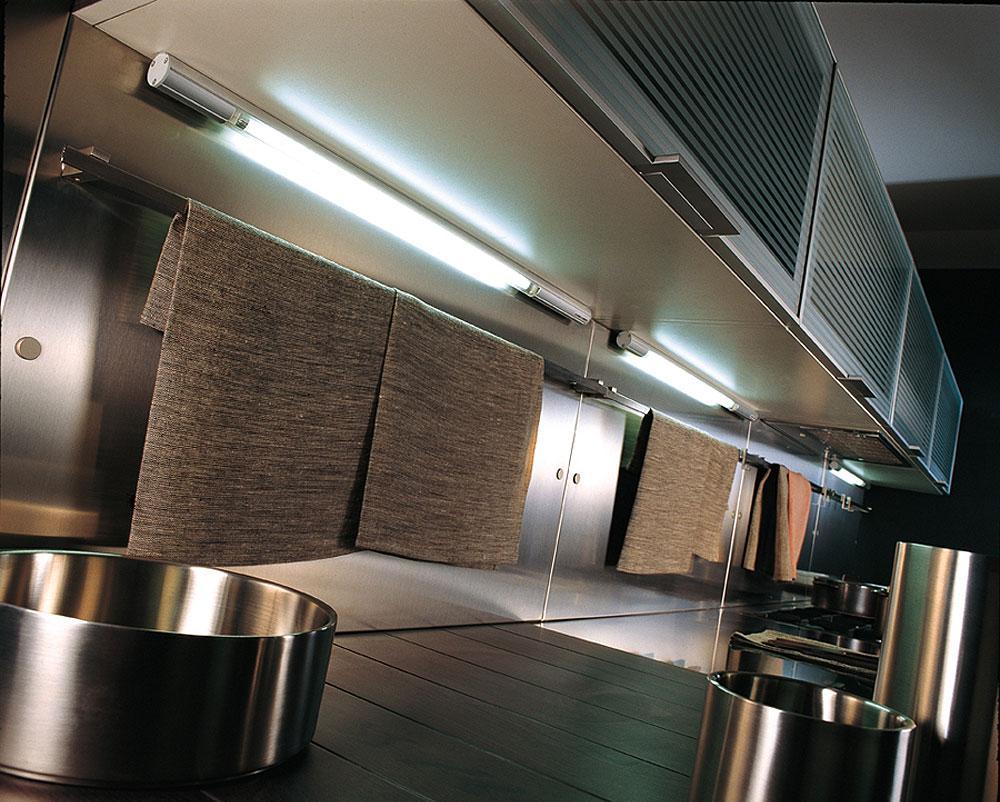 Мебельные светильники в подсветке кухни