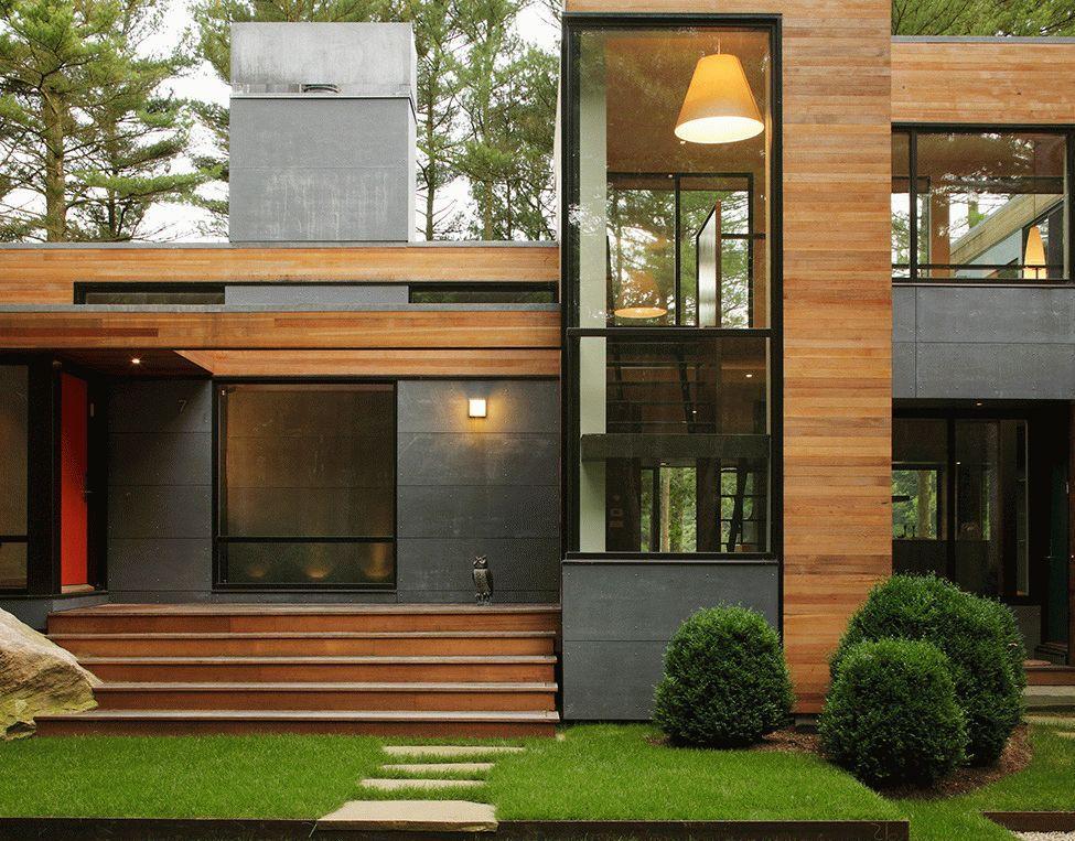 Многоуровневое крыльцо современного дома