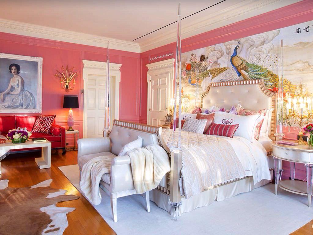Розовая спальня в эклектичном стиле