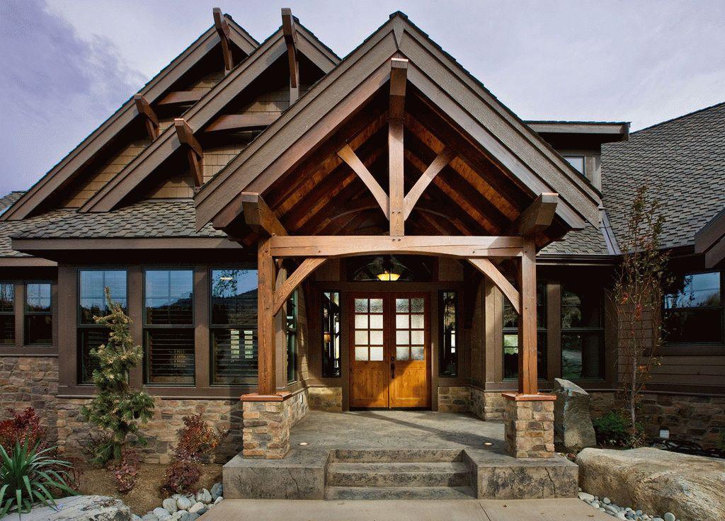 Красивое крыльцо одноэтажного дома