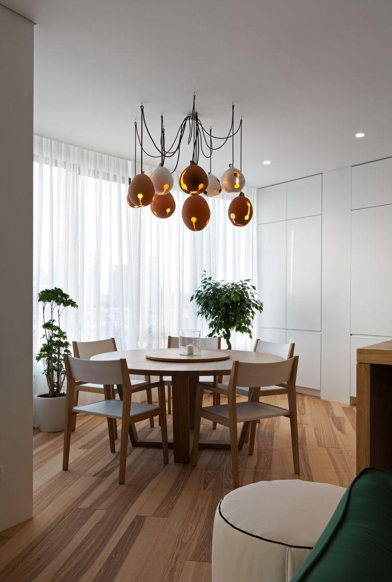 Дизайн люстры для натяжного потолка