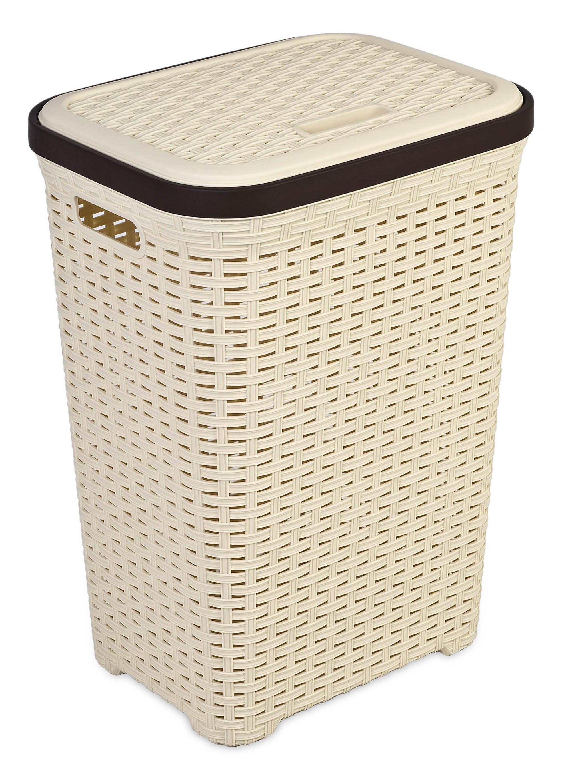 Бежевая корзина для белья в ванную