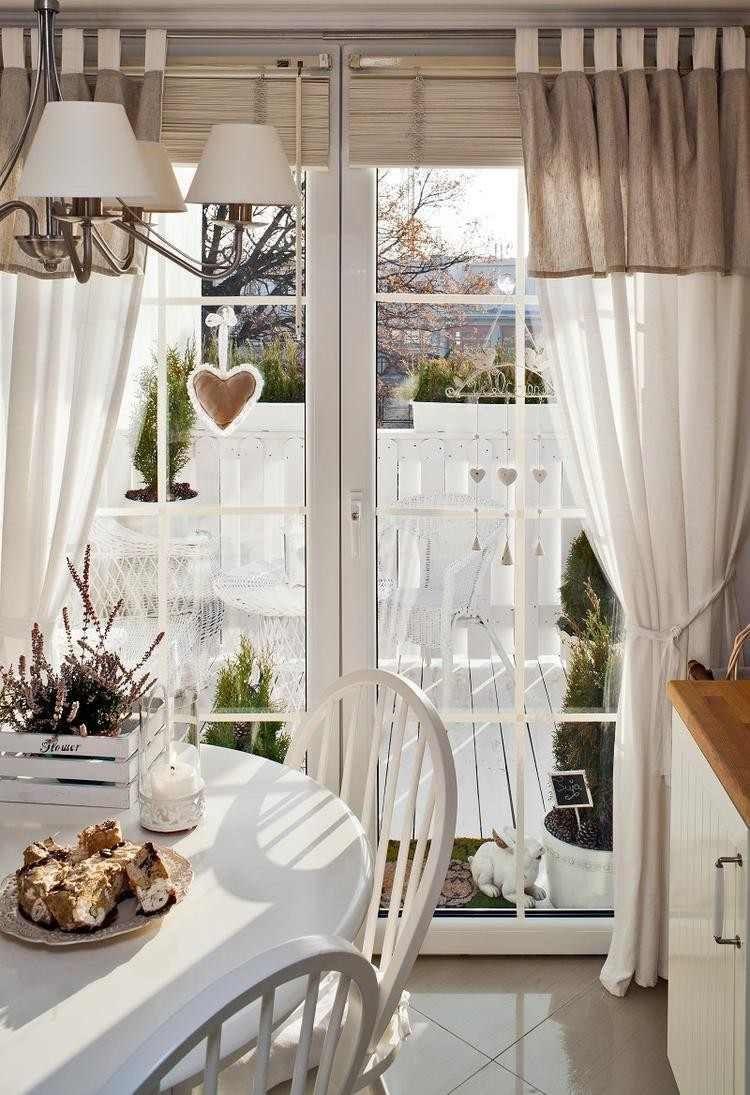 Дизайн штор для кухни на французское окно