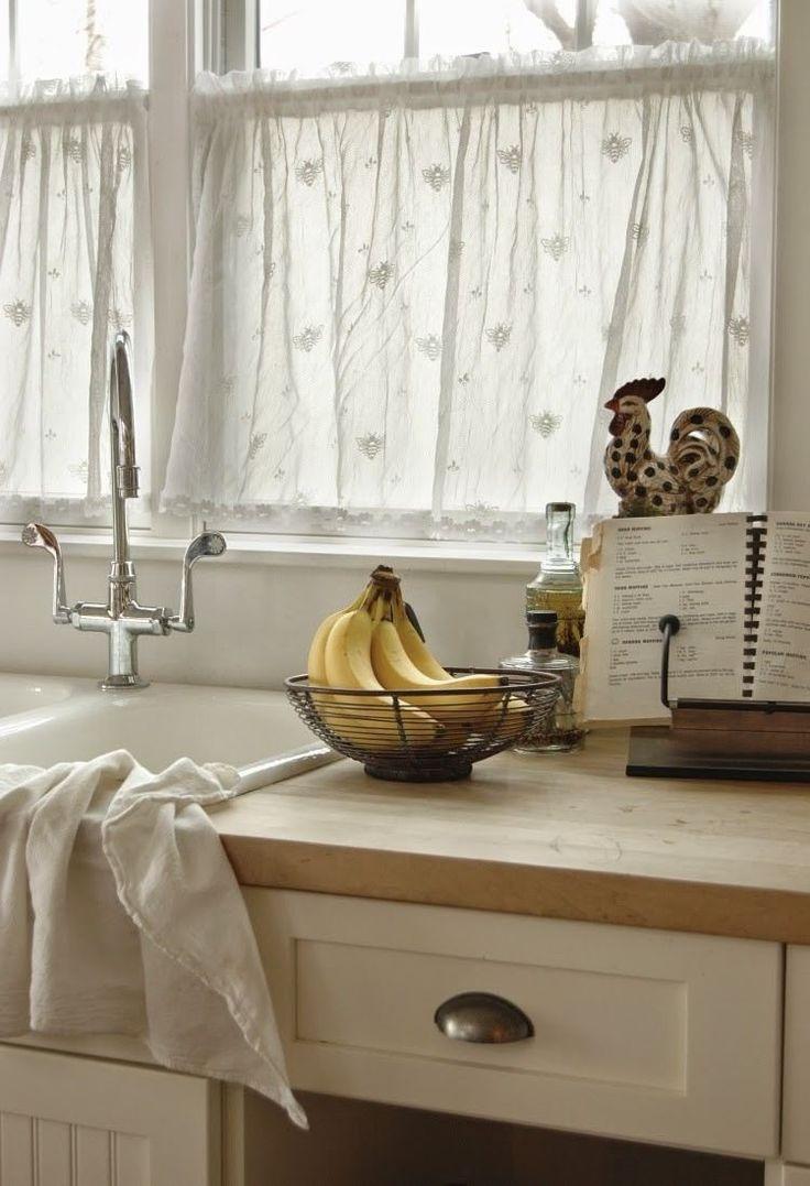 Дизайн штор для кухни в стиле кафе