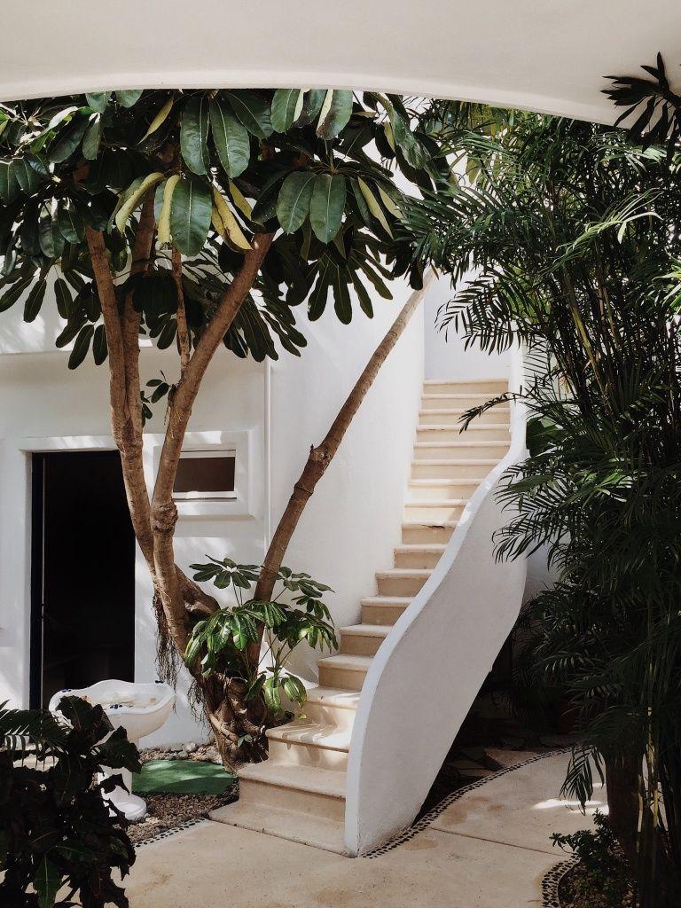 Дизайн крыльца с лестницей