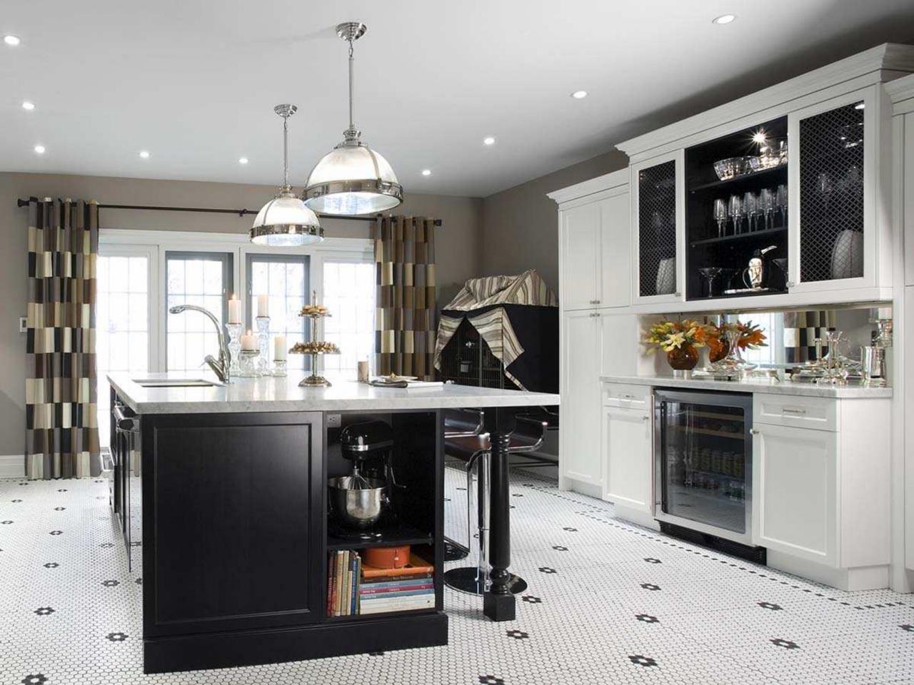 Дизайн штор для кухни в стиле неоклассики