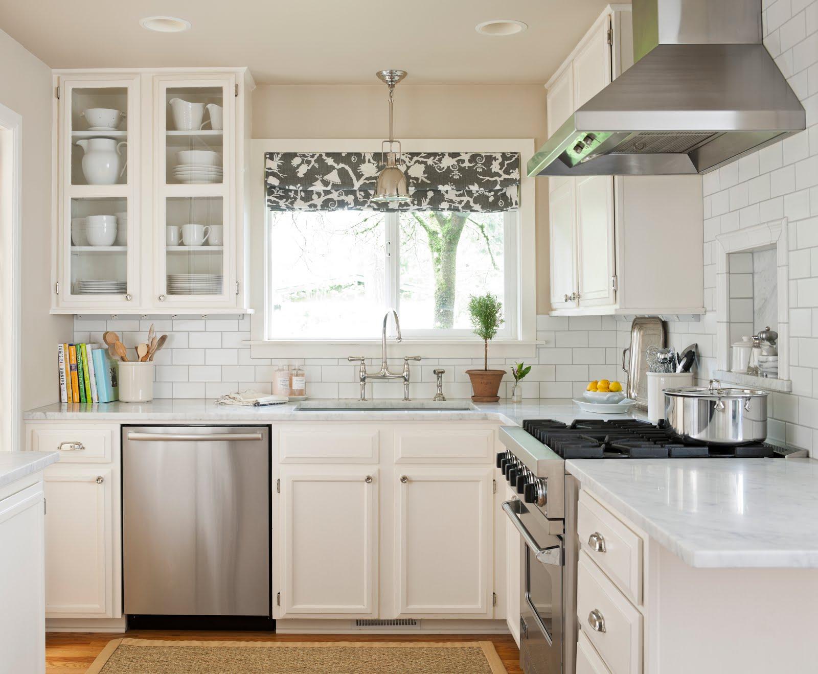 Дизайн штор для кухни в скандинавском стиле