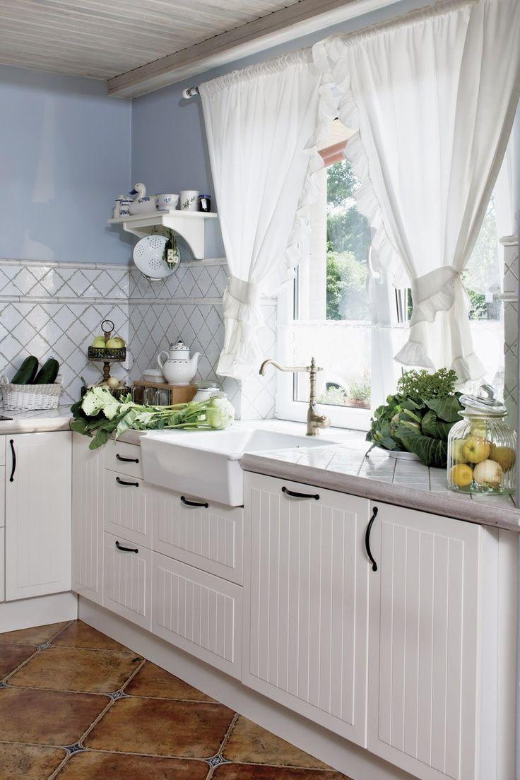 Дизайн штор для кухни с воланами