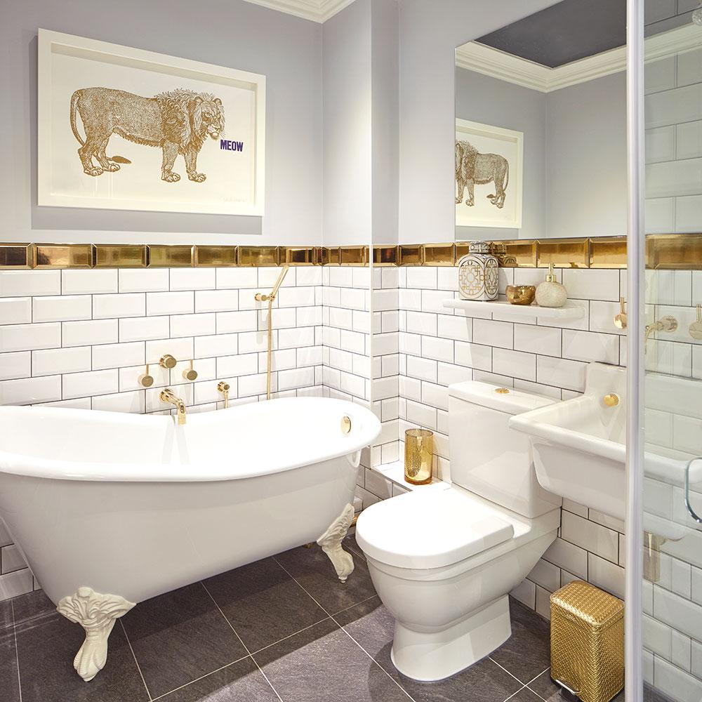 Ванная 6 кв м с золотой плиткой