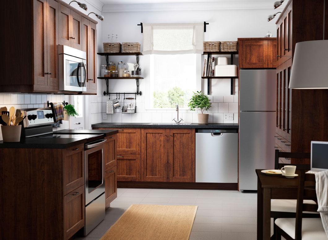 Кухня 7 кв м из массива