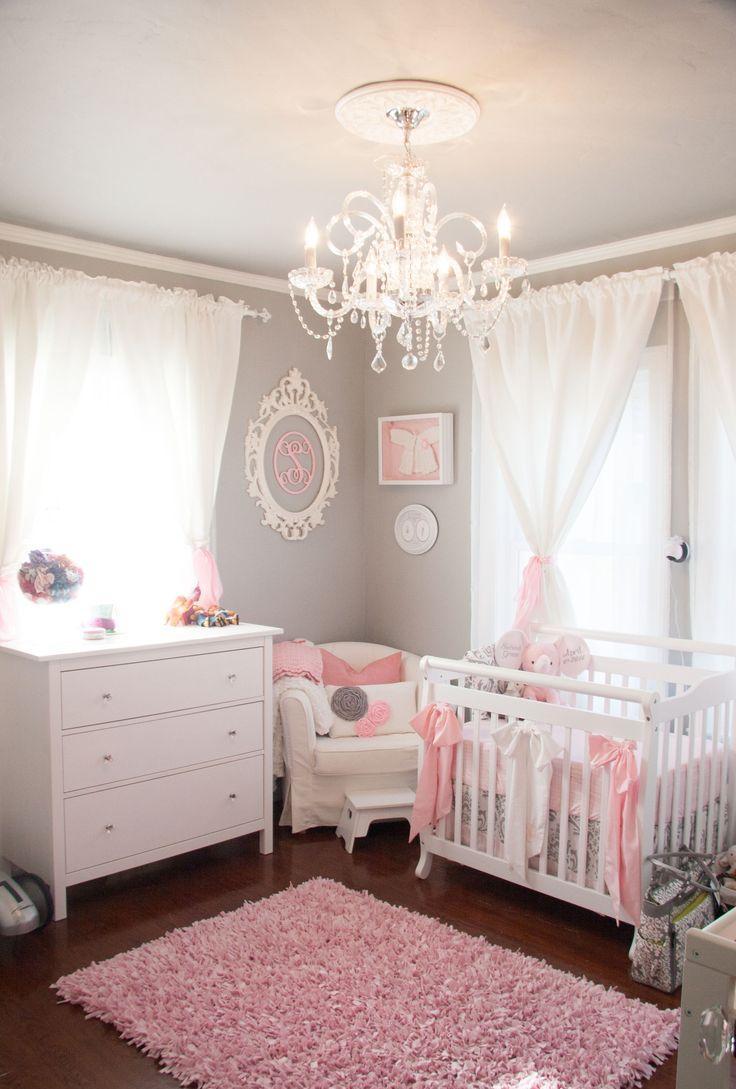 Декор детской кроватки бантиками
