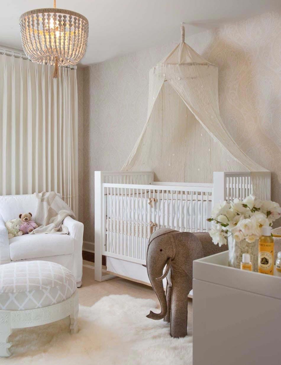 Декор детской кроватки балдахином