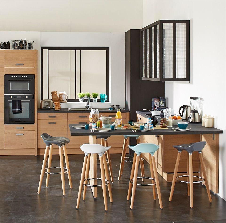 Кухня без навесных шкафчиков 7 кв м
