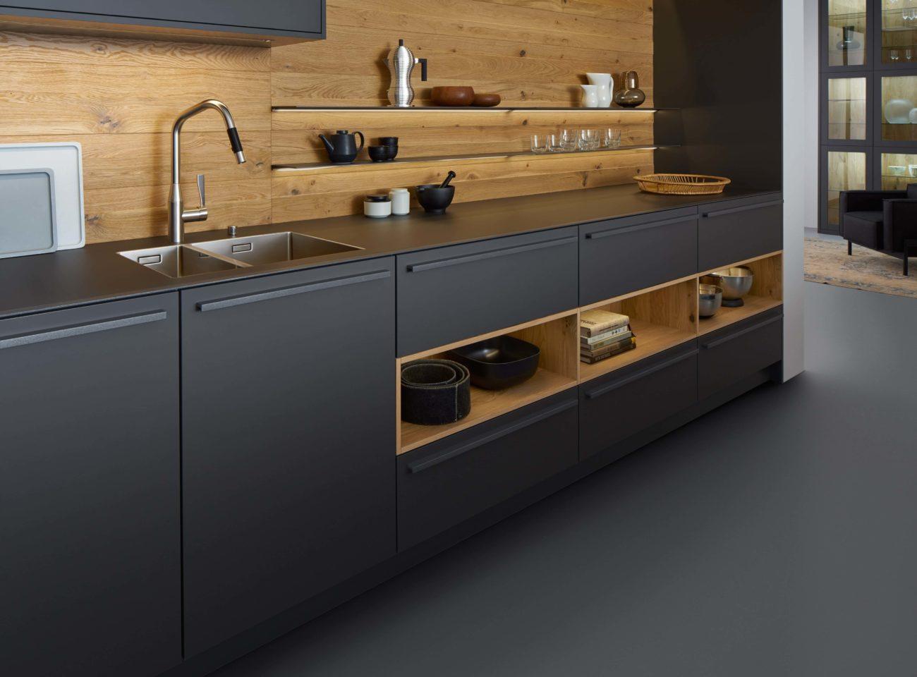 Черный дизайн кухни 2017