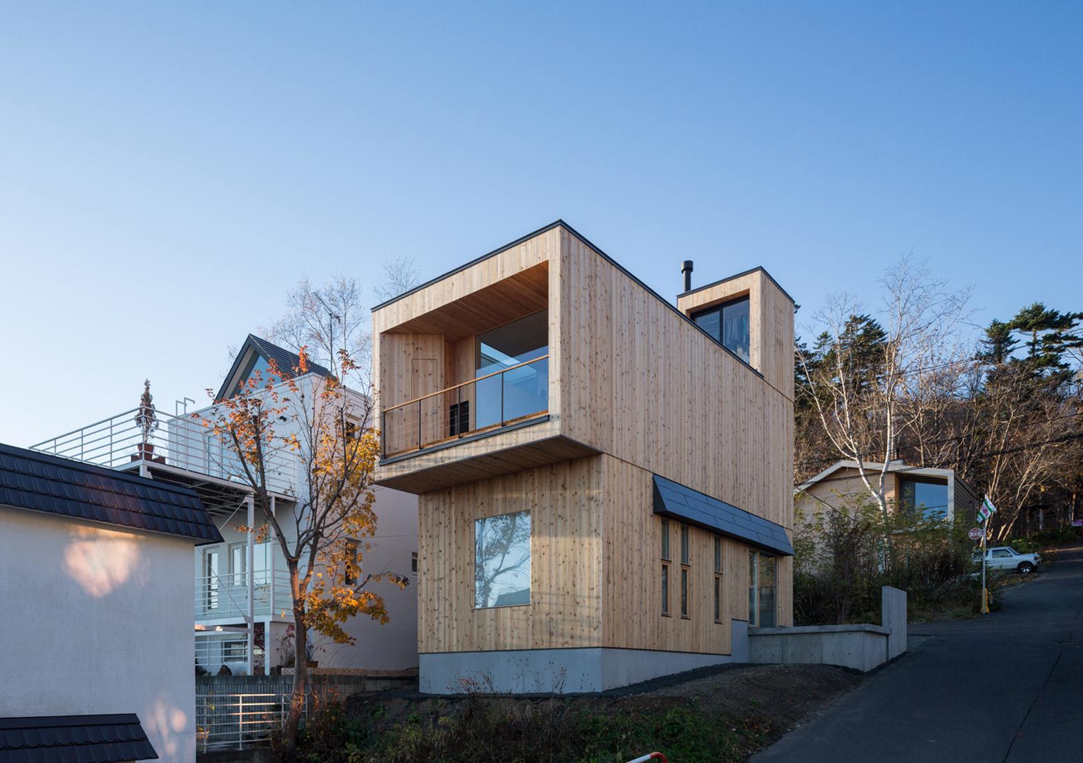 Дом небольшой в стиле хай тек