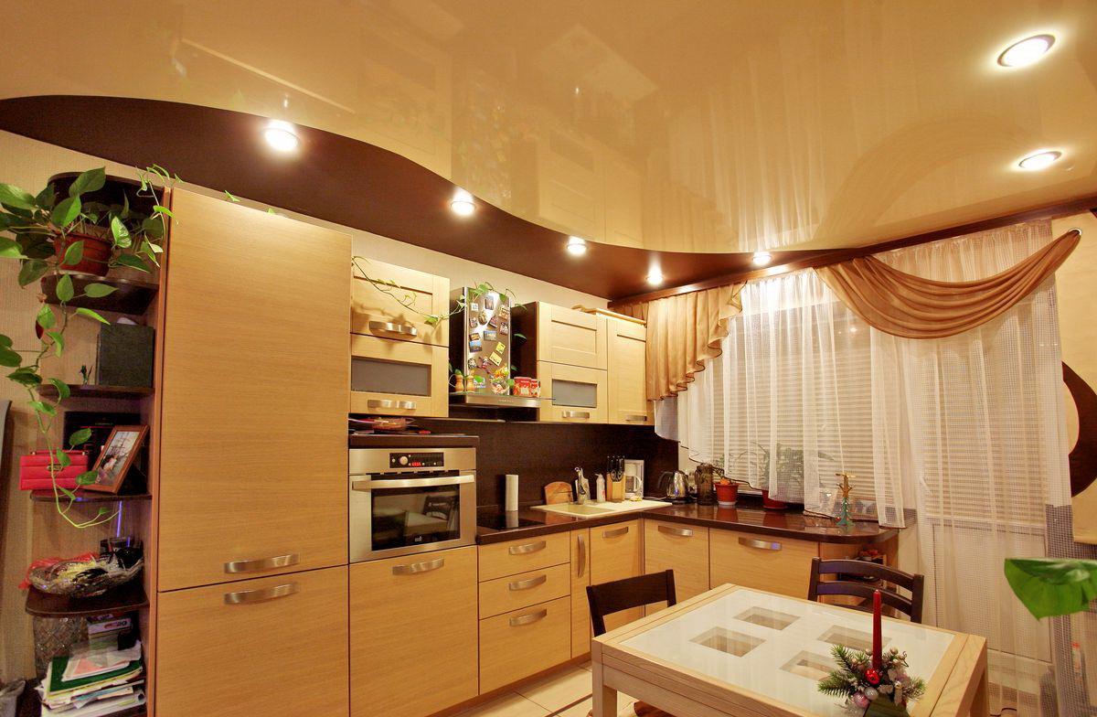 Встроенные лампы на кухне