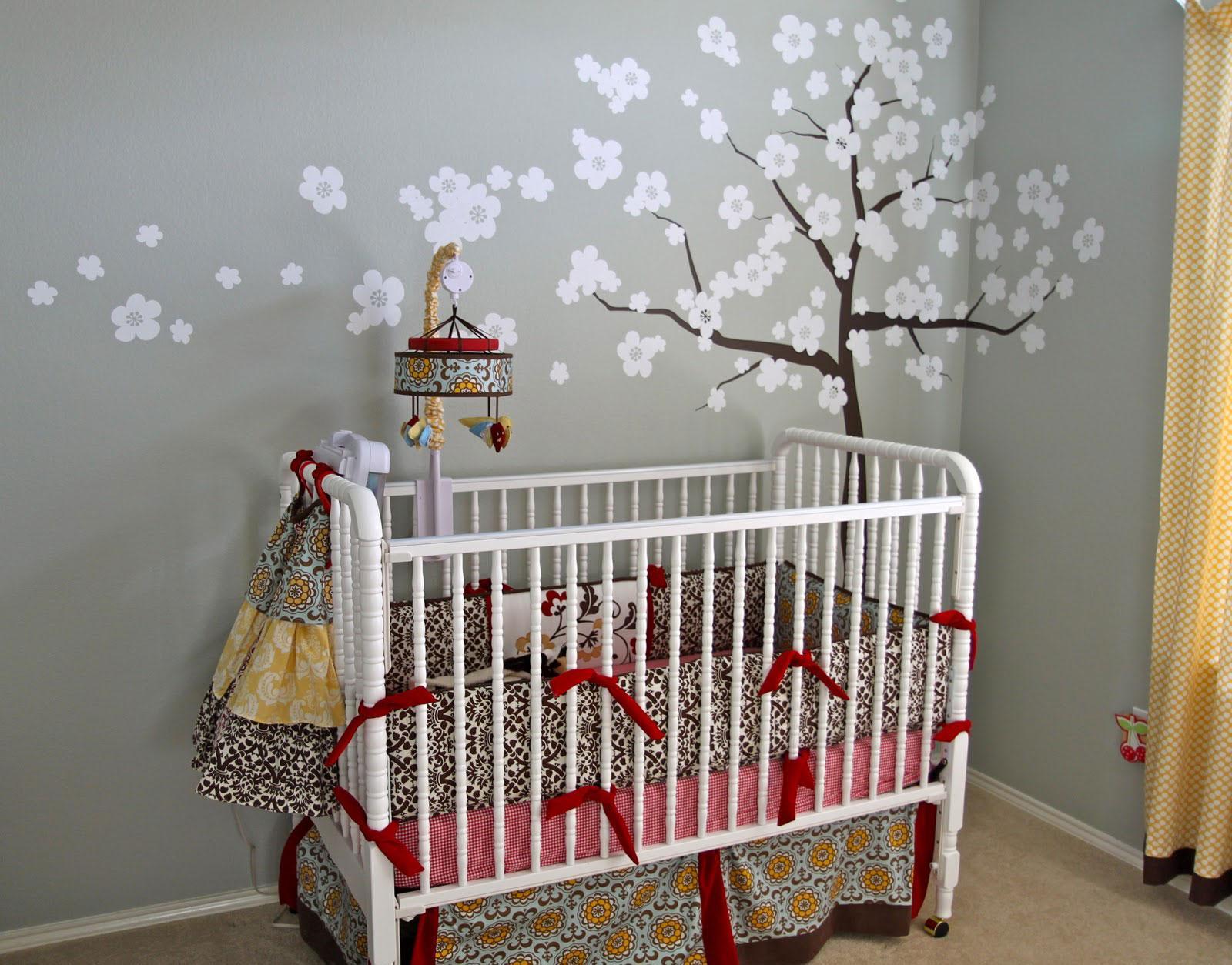 Декор детской кроватки в японском стиле