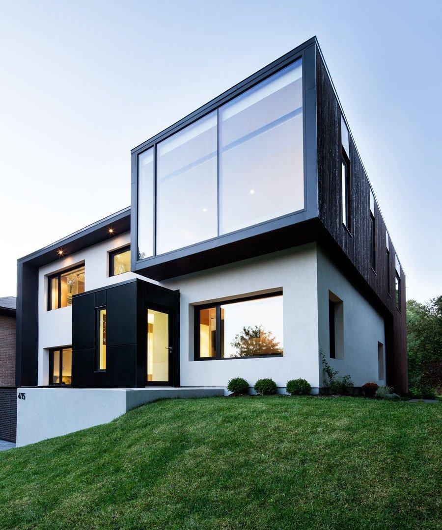 Черно-белый дом в стиле хай тек