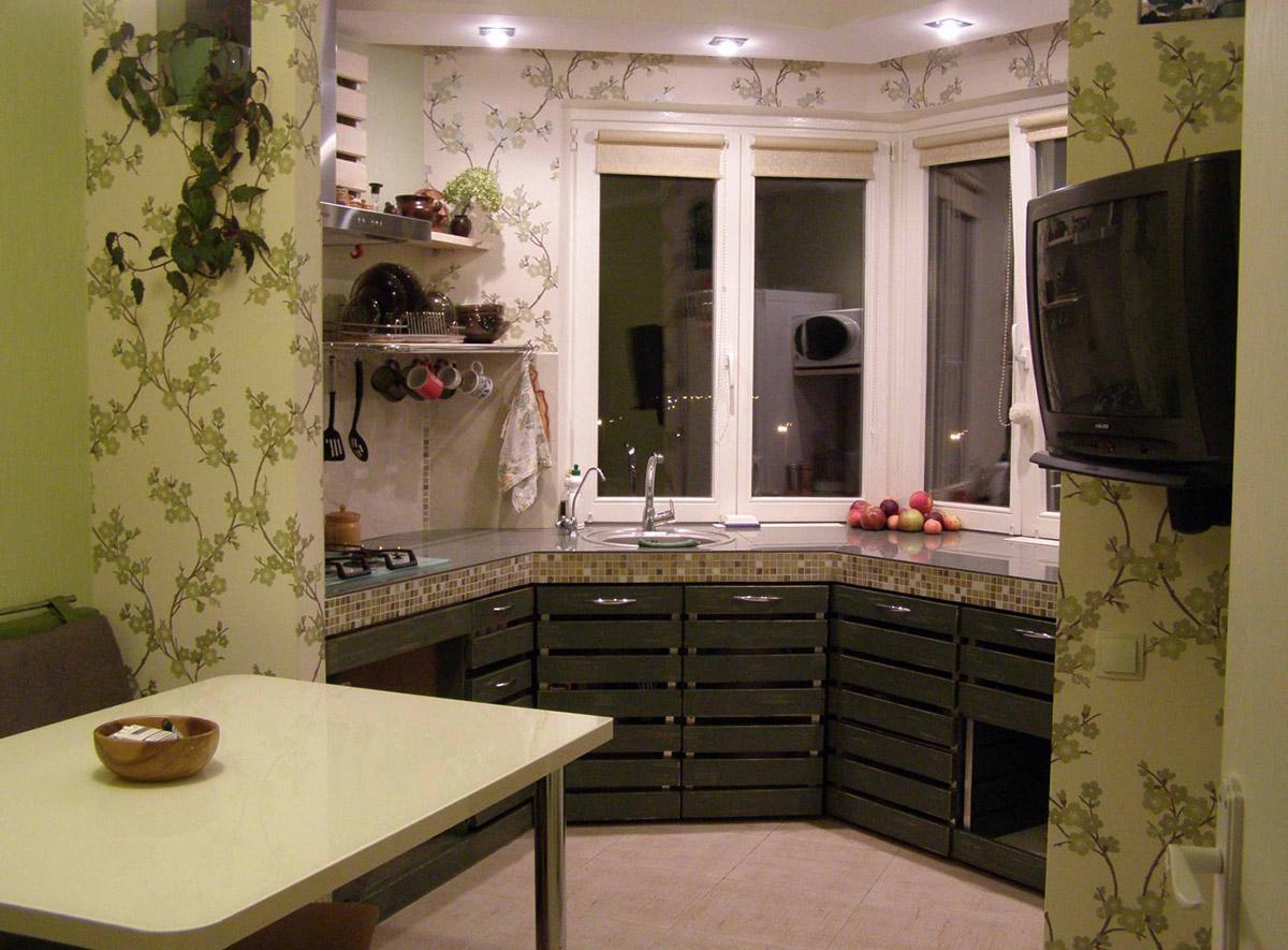 Небольшая кухня в квартире