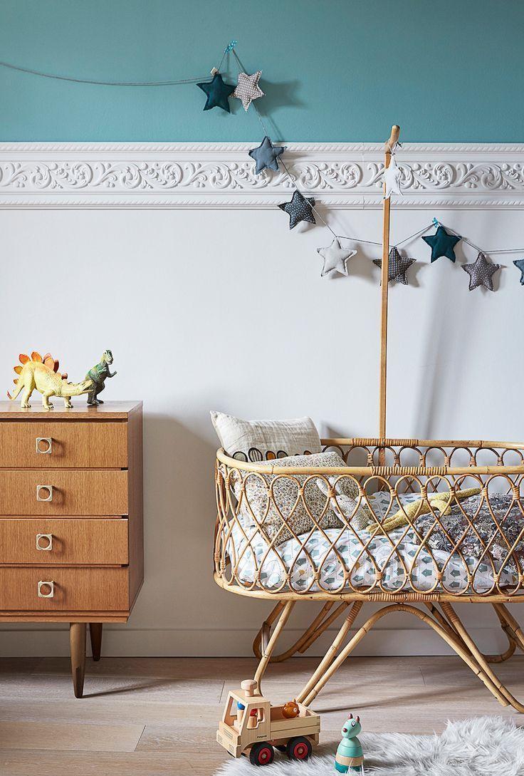 Декор детской кроватки плетеной