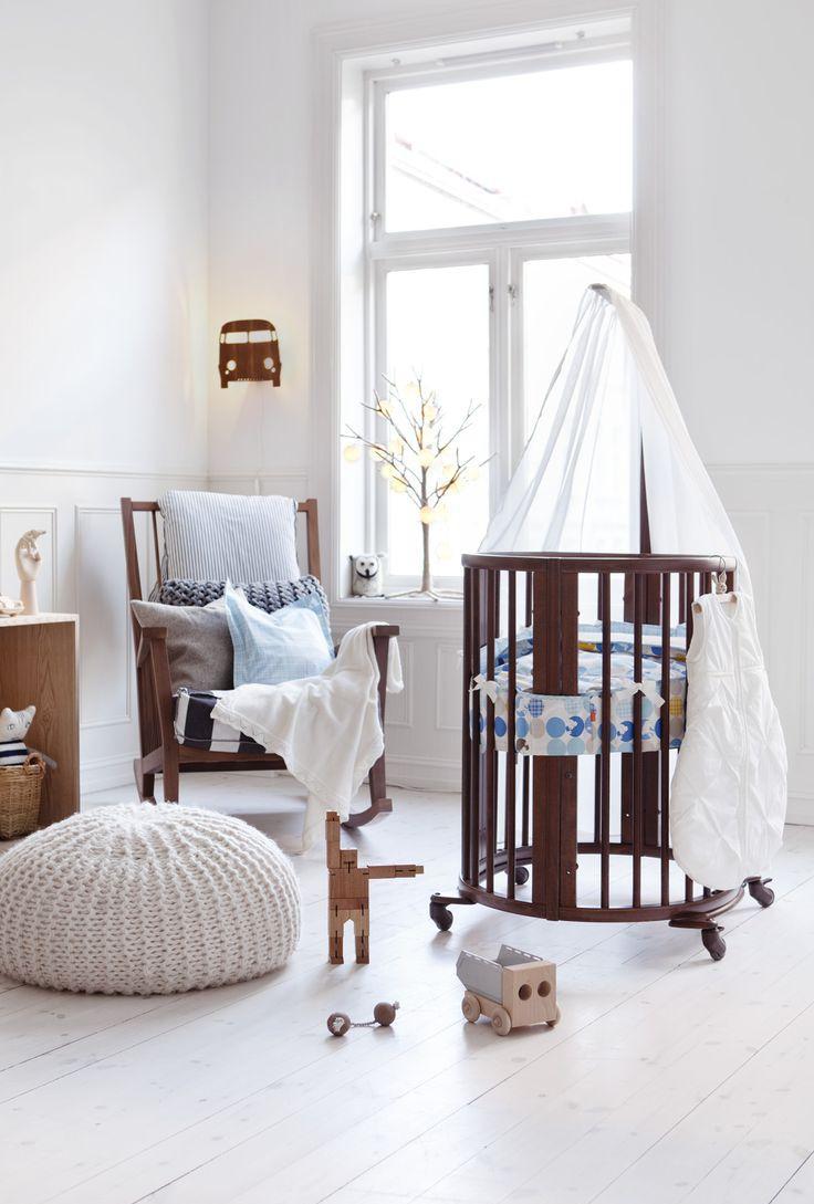 Декор детской кроватки круглой