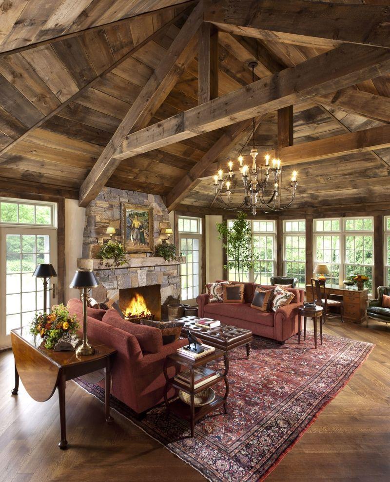 Дом в стиле шале из бруса