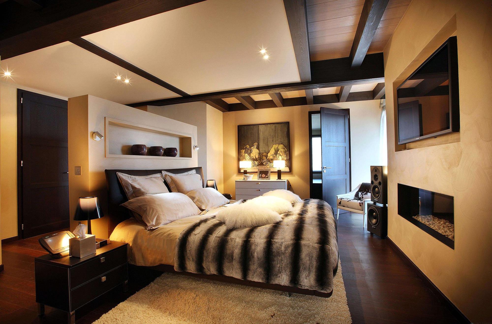 Бежево-черная спальня в стиле шале