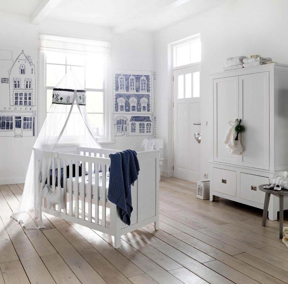 Декор детской кроватки тканью