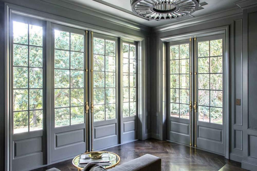 Французские окна без штор