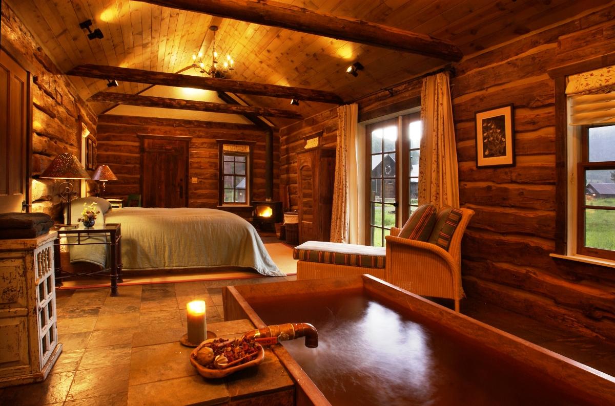Маленький дом в стиле шале
