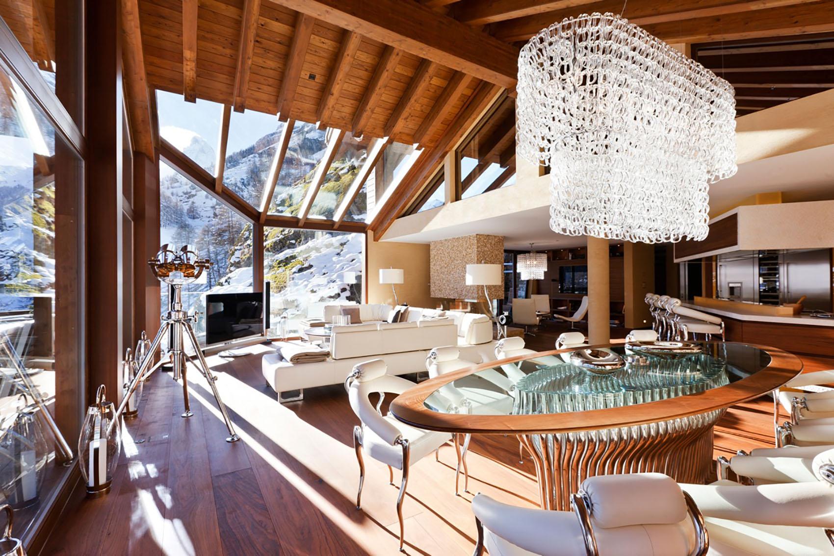 Дом в стиле шале с мебелью