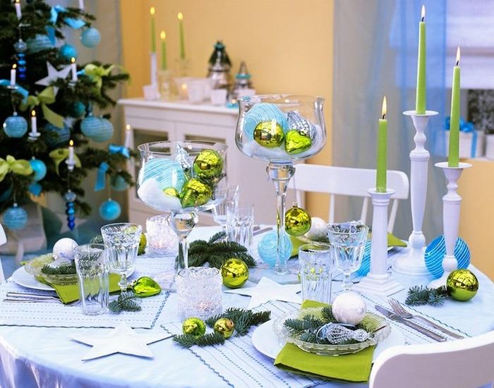 Оригинальный декор стола на новый год