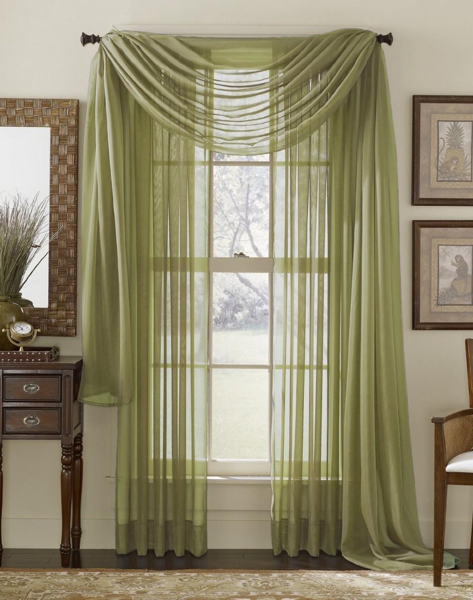 Оформление окон шторами зелеными