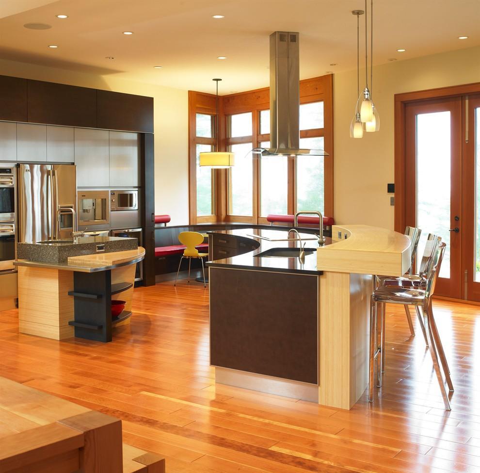 Дизайн кухни с барной стойкой полукруглой