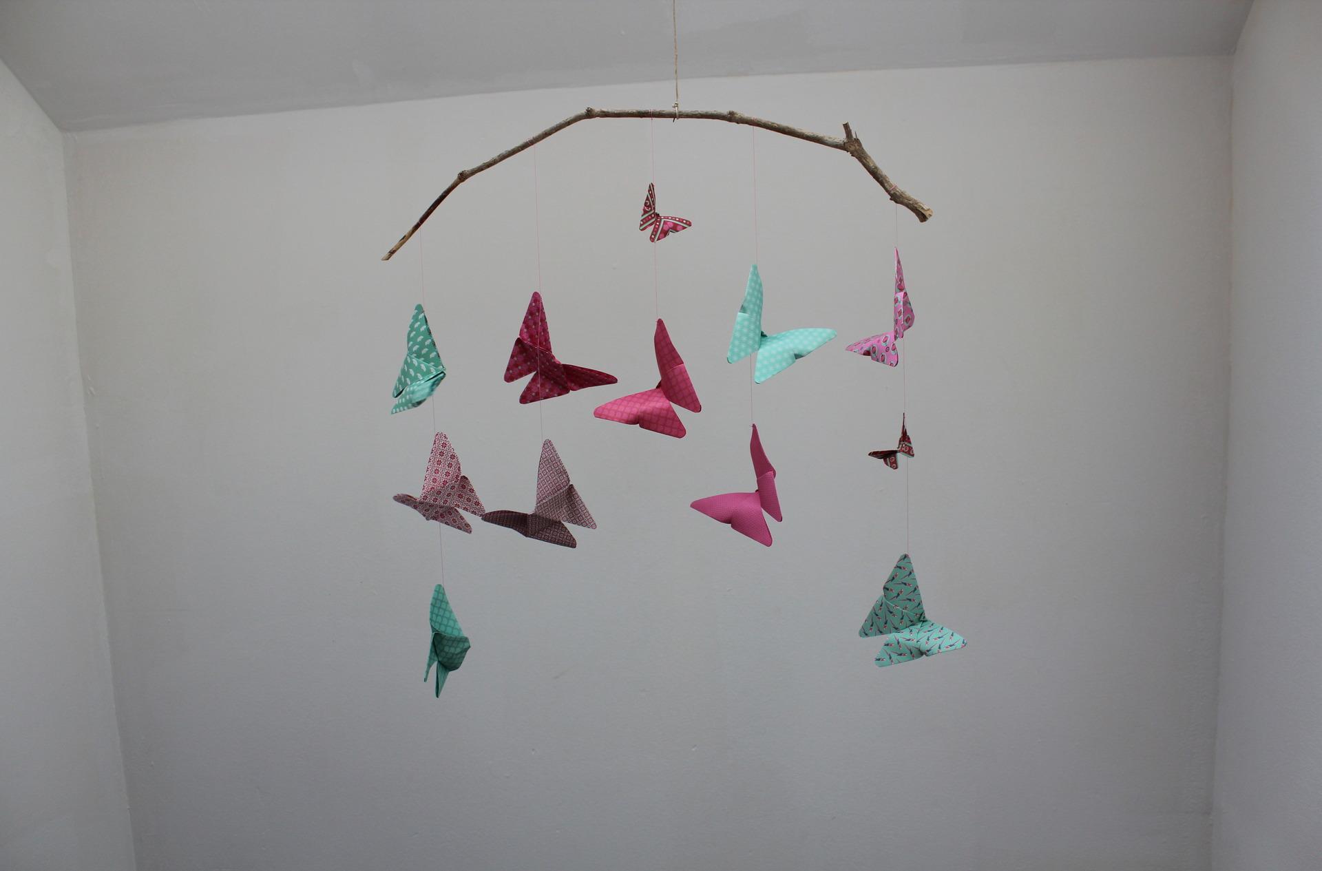 Бумажные бабочки для декора