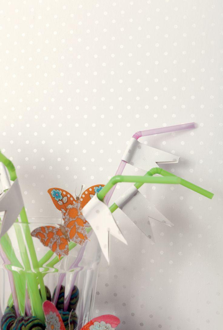 Вырезанные бабочки для декора