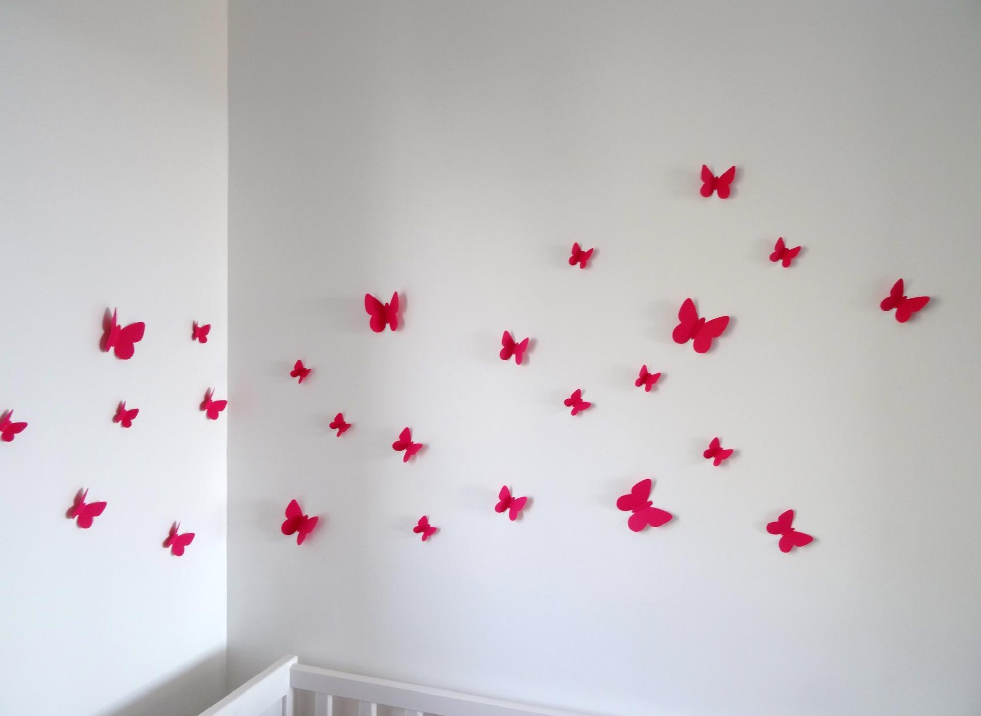 Розовые бабочки для декора