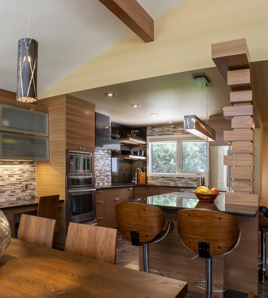 Дизайн кухни с барной стойкой в интерьере