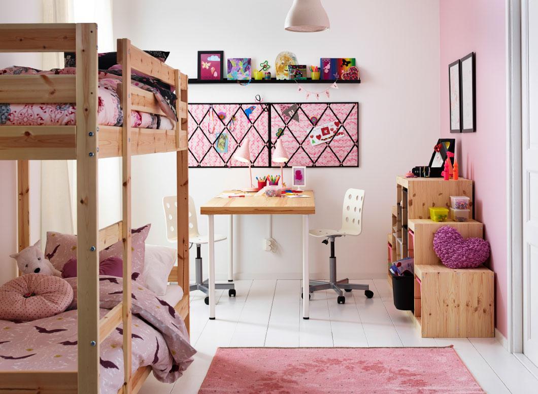 Детская комната в хрущевке из сосны
