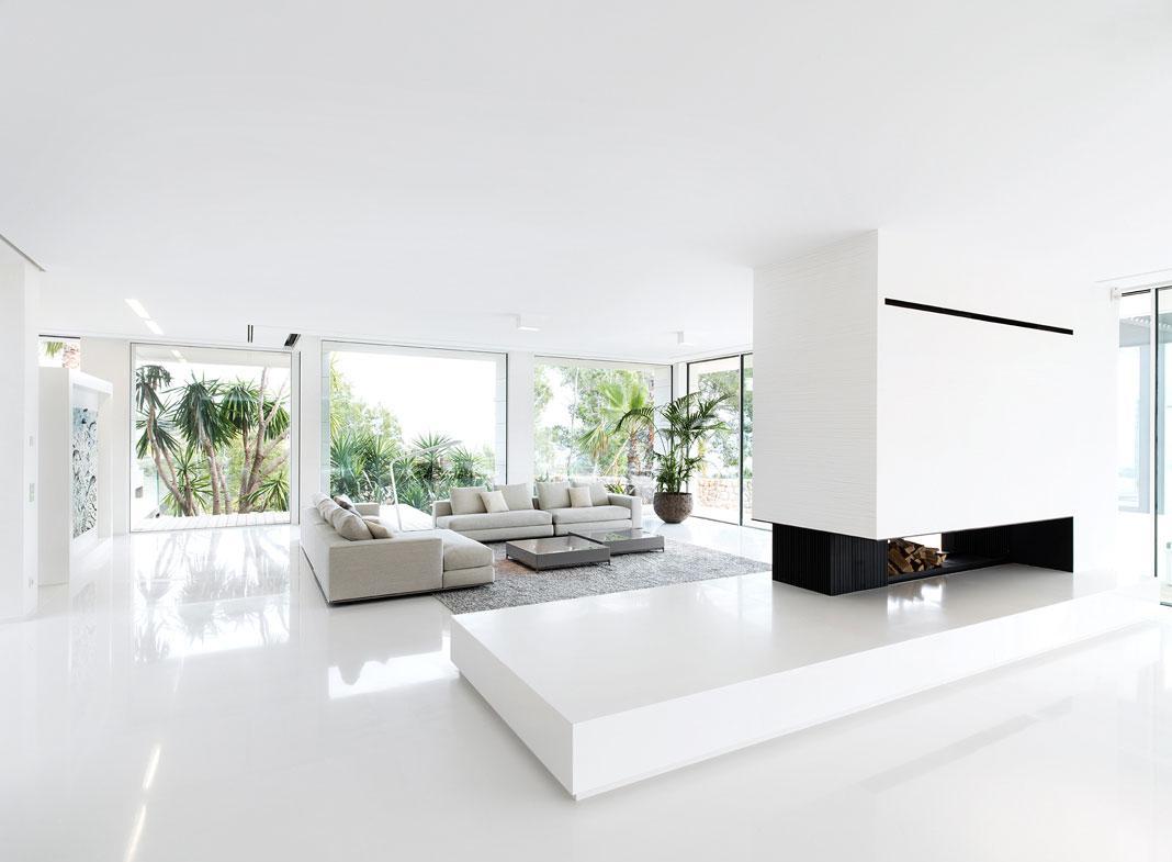 Белый интерьер в стиле модерн