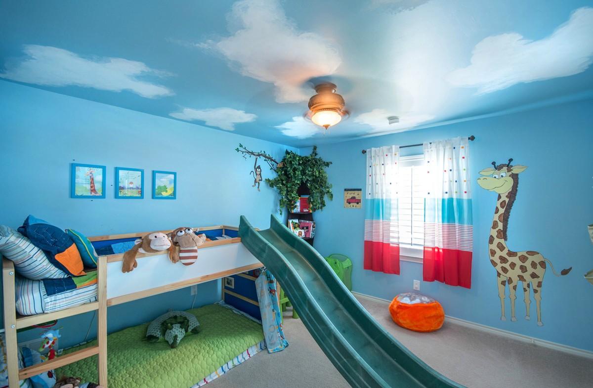 Детская комната в хрущевке голубая