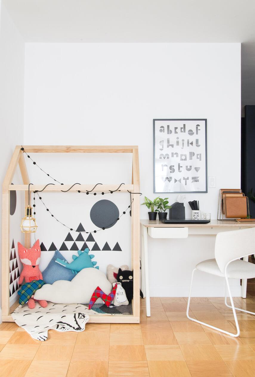 Эконом дизайн детской комнаты с игровым уголком