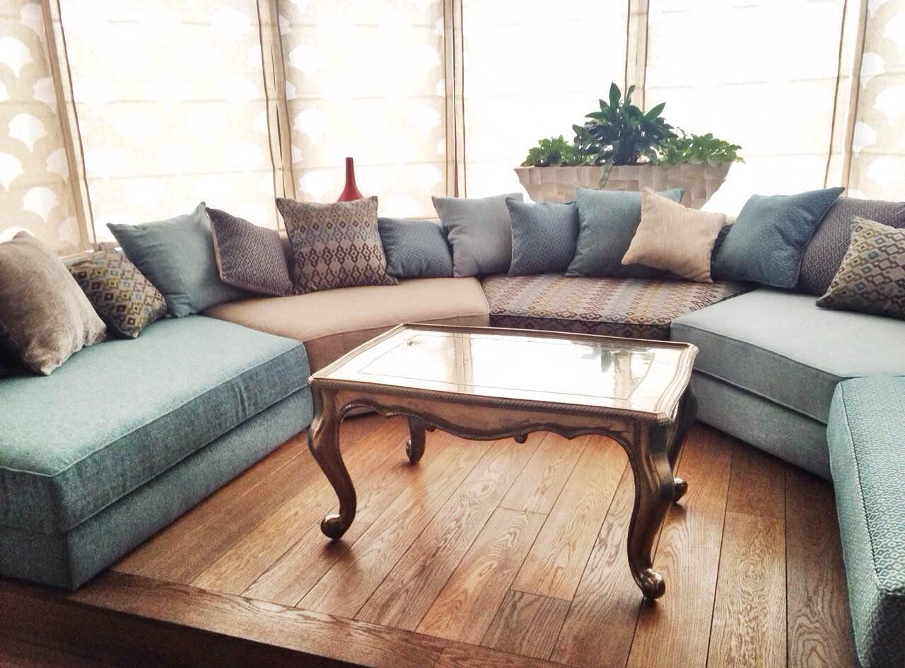 Эркерный диван в восточном стиле