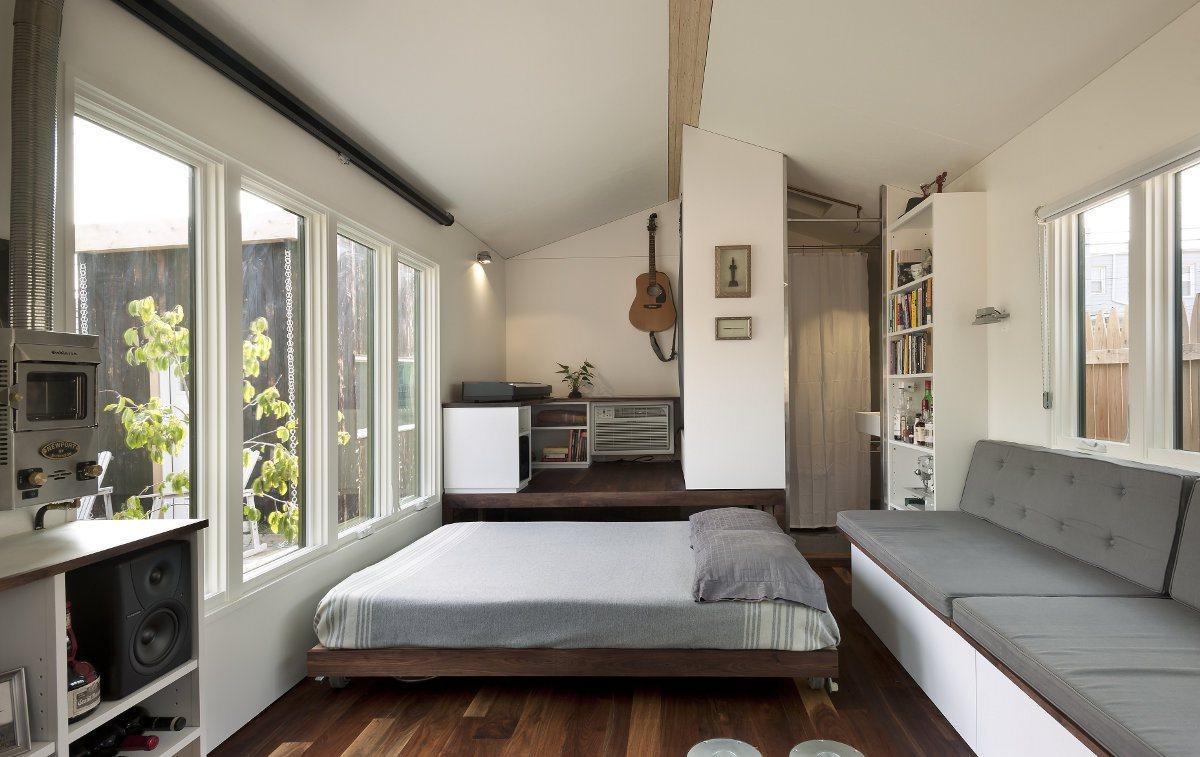 Выдвижная двуспальная кровать