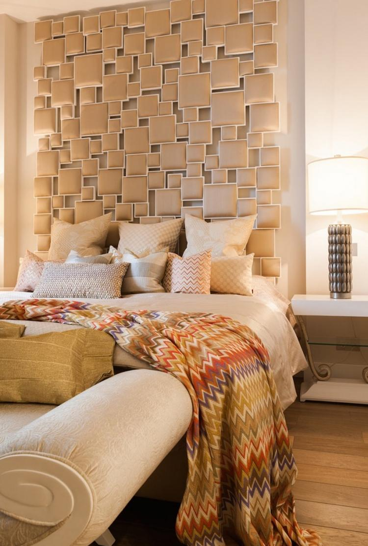 Спальня 14 кв.м. с декоративной панелью