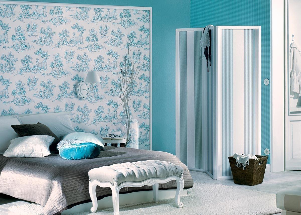 Небесно-голубой оттенок бирюзового в интерьере спальни