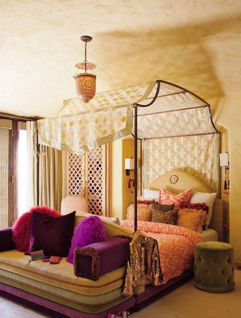 Балдахин над кроватью в восточном стиле