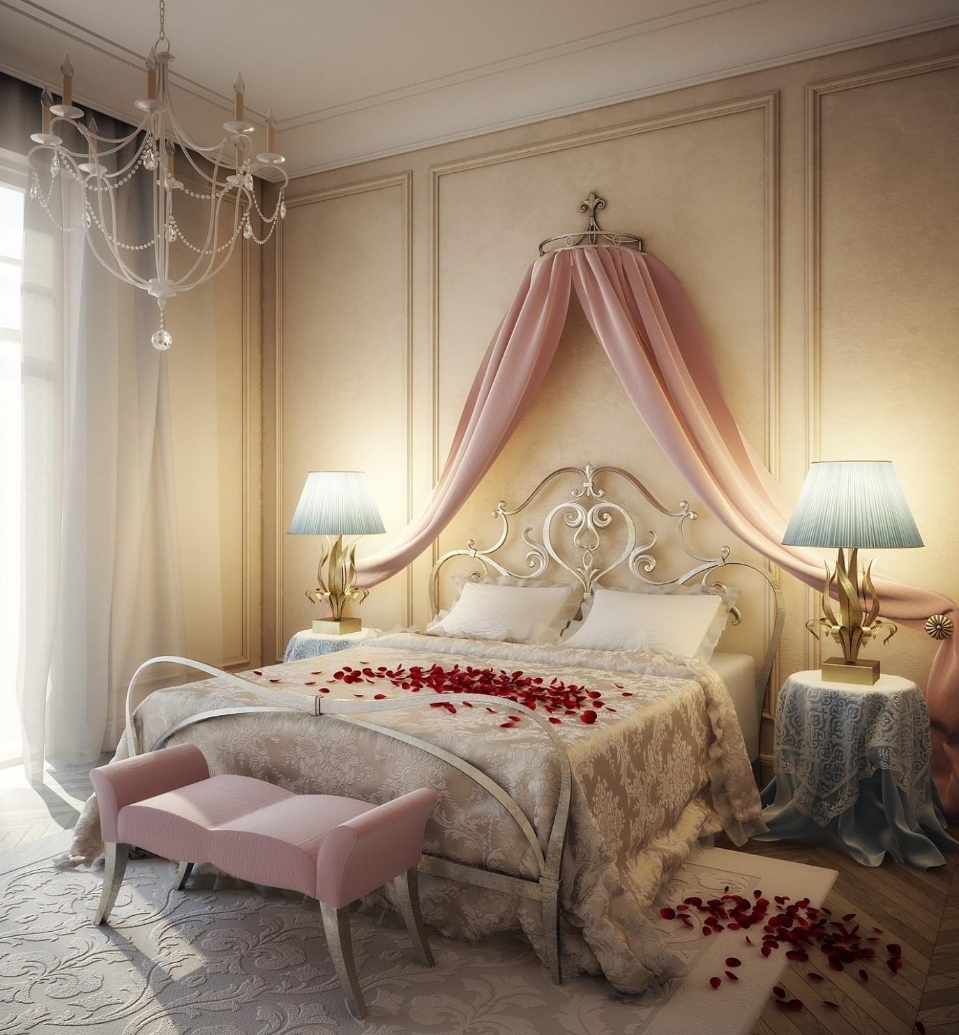 Розовый балдахин в спальне молодоженов